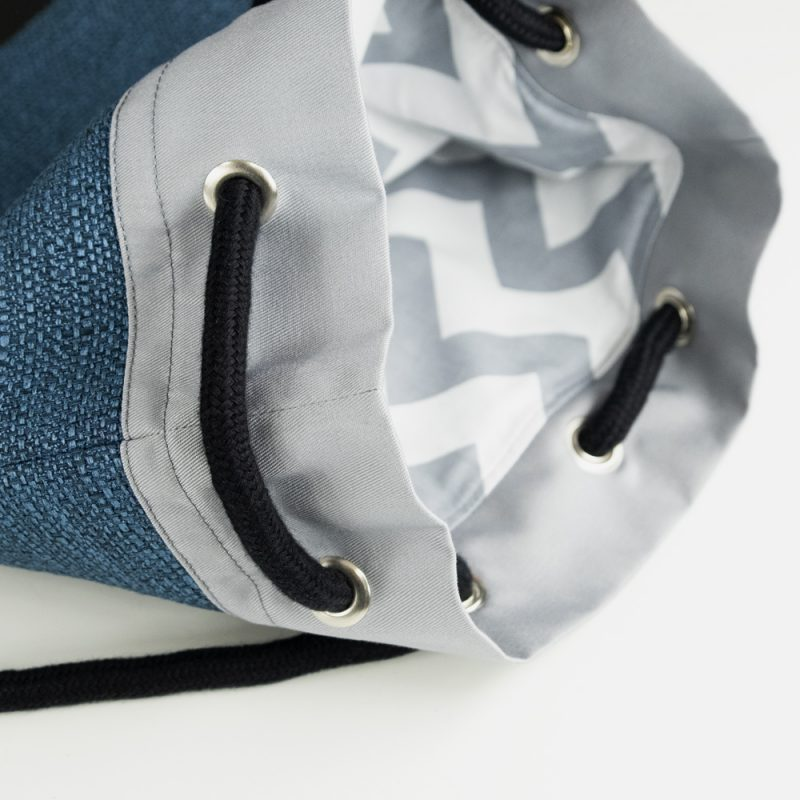 Handmade drawstring bag with rope by Polender